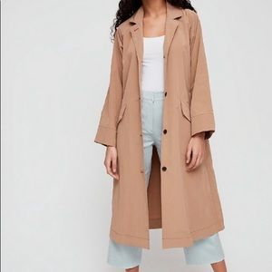 New The Group By Babaton Skylar Trench Coat, M